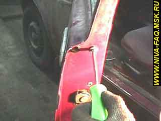 b1 20 - Уплотнитель стекла двери нива